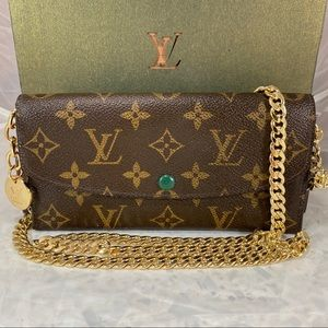 LOUIS VUITTON Portefeuille Emily Wallet on Chain